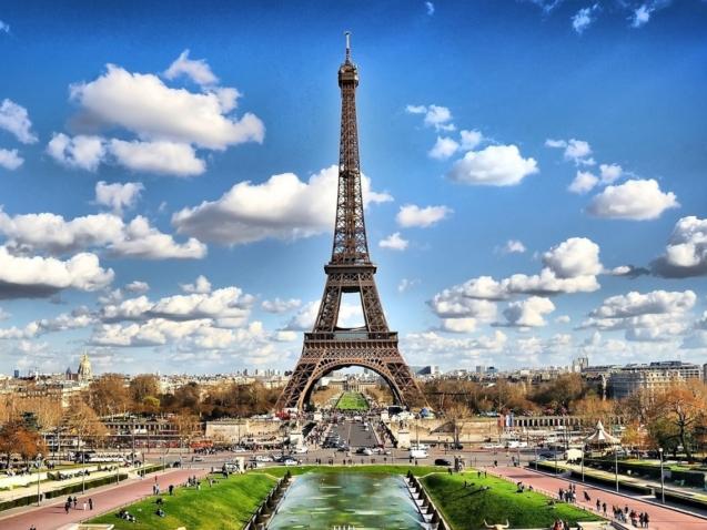 Paris's famous Eiffel Tower